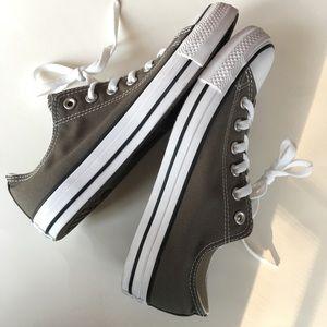 NEW CONVERSE low top canvas gray sneakers 40 EU